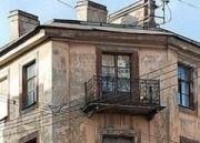 Власти Волгограда предоставили участковому квартиру в аварийном состоянии