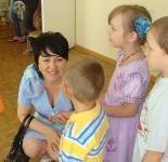 Ирина Гусева посетила образовательные учреждения в Волжском