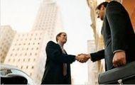 Губернатор надеется, что бизнес не подвержен политическим встряскам