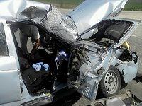 Под Волгоградом в лобовой аварии погибли водитель и пассажирка легковушки