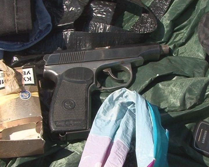 В Волгограде задержали  скутериста с оружием и боеприпасами
