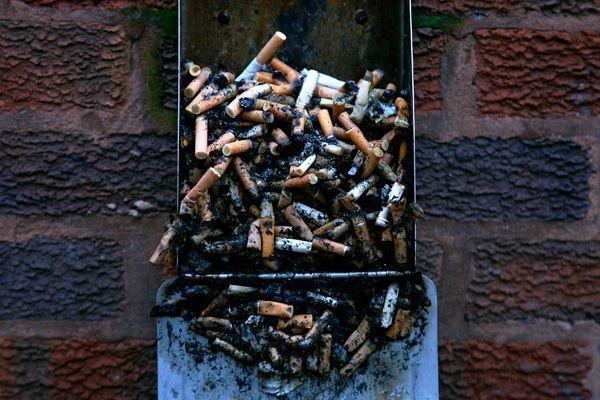 В Тракторозаводском районе неосторожная курильщица подожгла свою квартиру