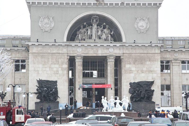Взрыв в Волгограде унес жизни от тринадцати до пятнадцати человек