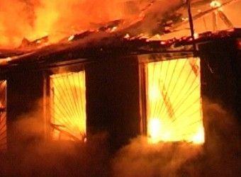 На пожаре в Среднеахтубинском районе погиб трехлетний малыш