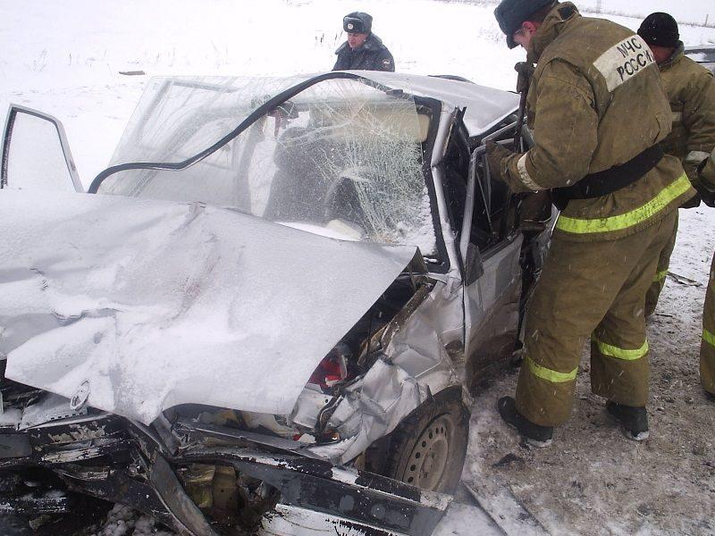 В ДТП под Волгоградом погибли пять человек