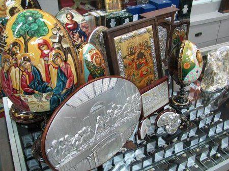 В Михайловском районе военнослужащий обчистил церковную лавку
