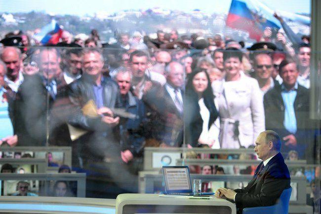 Владимир Путин общался с россиянами около четырех часов