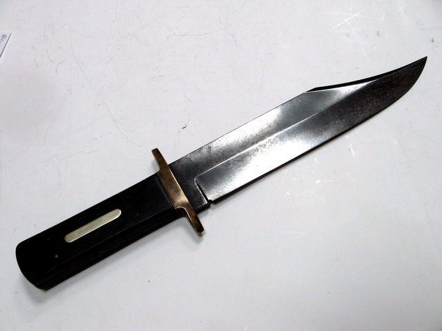 Волжанин с ножом угрожал помешавшей ему автоледи