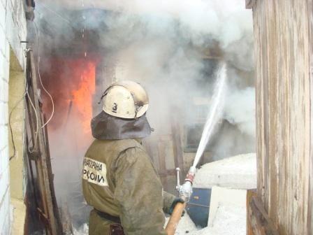 В Волгоградской области на пожарах за ночь погибли 5 человек