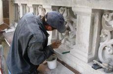 В Волгограде постепенно разрушается памятник воинам завода Баррикады