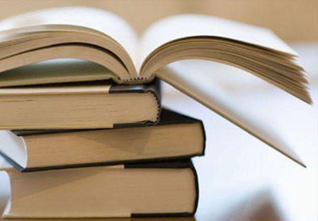 В Волгоградской области закупленные на 90 тысяч рублей учебники не пришли в школу