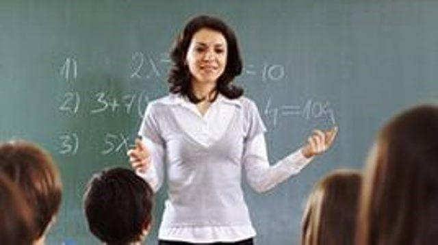 В Волгограде доплата к окладу молодым педагогам станет стопроцентной
