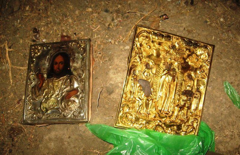 Под Волгоградом полиция задержала похитителей монастырских икон XIX века