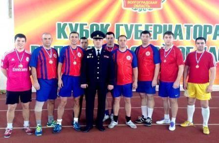 Волгоградские полицейские сыграли в мини-футбол