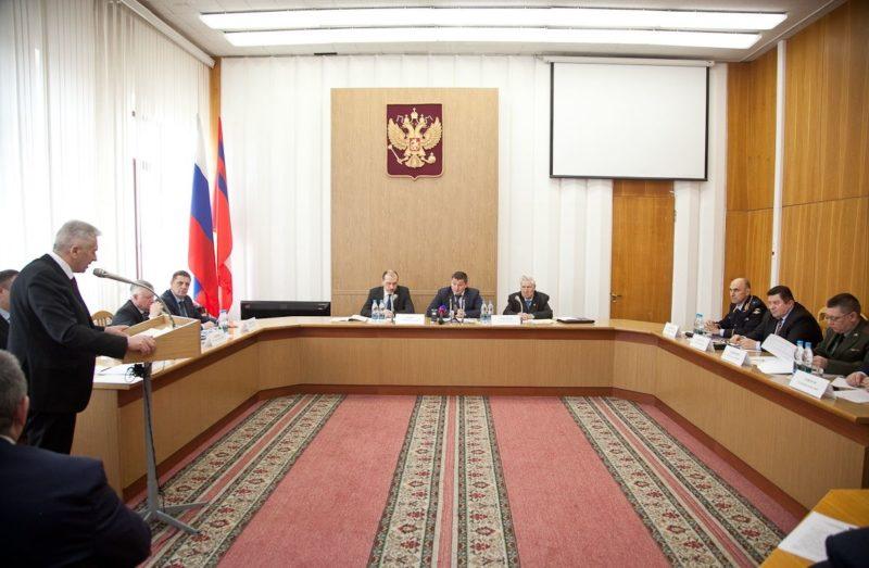 Губернатор Андрей Бочаров перечислит однодневную зарплату в фонд «Победа»