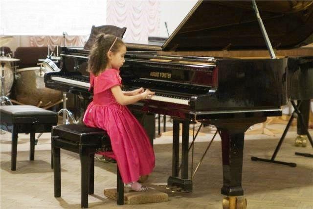 Волгоградские родители обеспокоены закрытием музыкальной школы №15