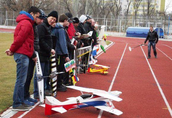 Волгоградцы приняли участие в фестивале авиамоделистов