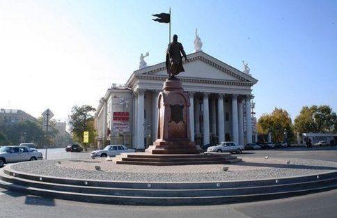 На праздники в центре Волгограда будет работать эвакуатор