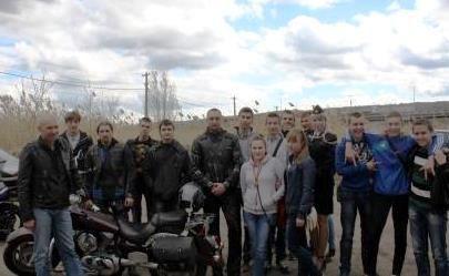 Сотрудники ГИБДД и «Ночные волки» встретились с волгоградскими студентами