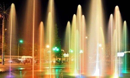 На площади Аттракционов в Волгограде открыли «сухой» фонтан