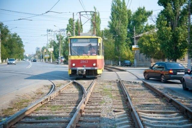 Трамвай №1 будет ходить только по будням