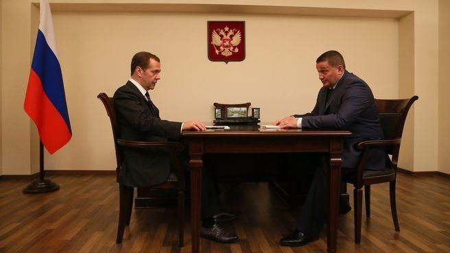 В Волгограде состоялся диалог Медведева с Бочаровым