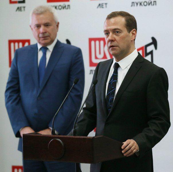 В Волгограде на встрече с Дмитрием Медведевым потребовали разобраться с тарифами на электроэнергию