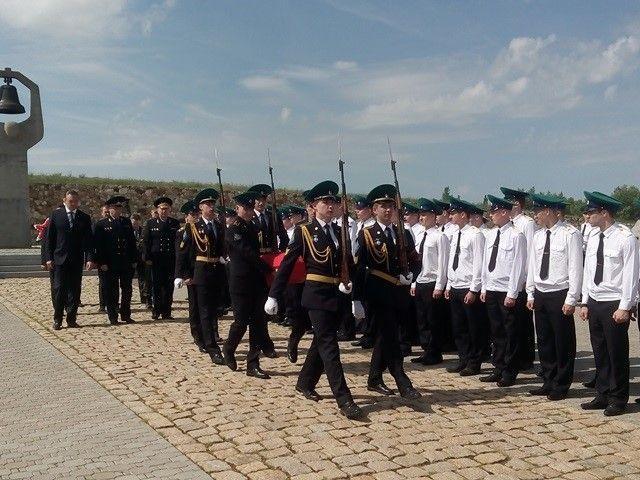 На Россошинском кладбище перезахоронили останки бойца-пограничника