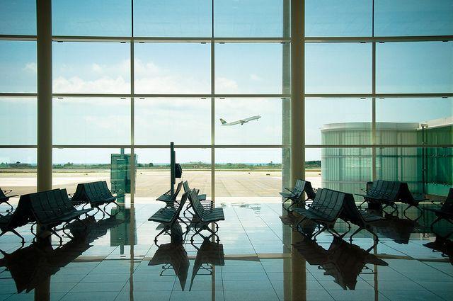 В московском аэропорту от сердечного приступа умер мужчина