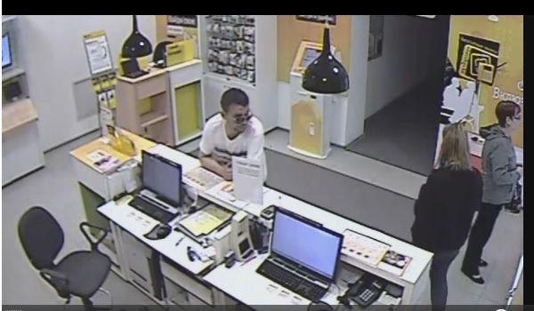 В Волгограде задержали похитителя планшета из салона сотовой связи