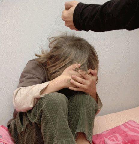 В Волгоградской области мать регулярно избивала свою 7-летнюю дочь