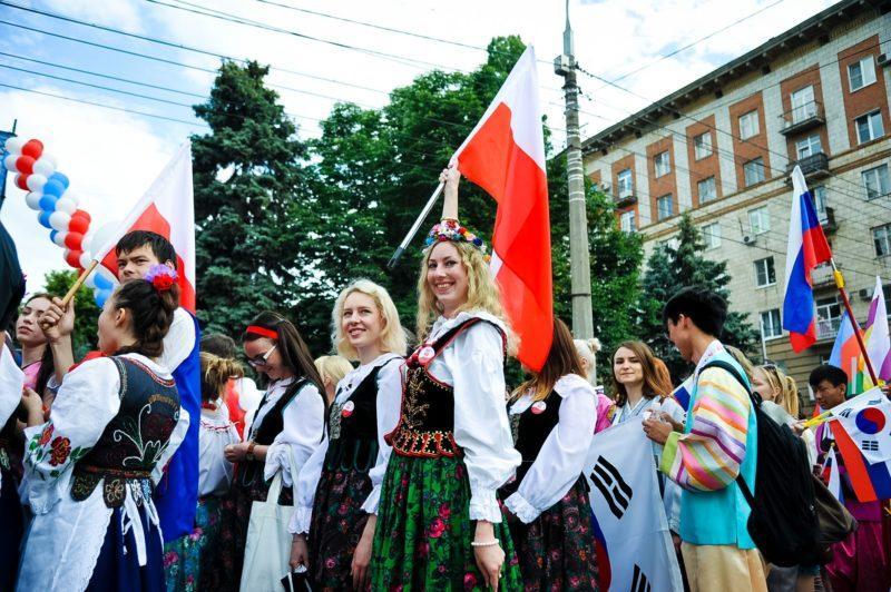 Многонациональный Волгоград готовится к празднованию Дня России