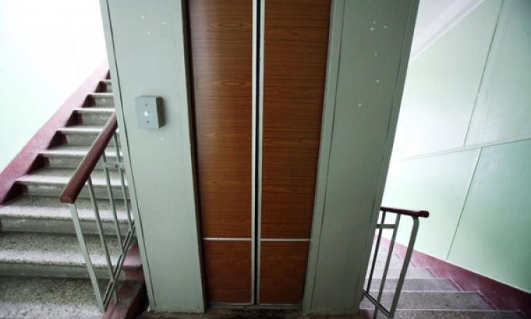 В Волгоградской области идет замена вышедших из эксплуатации лифтов