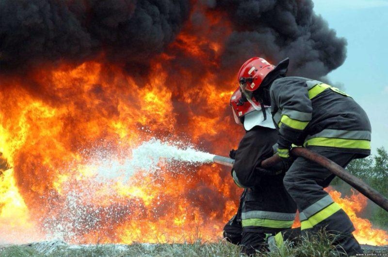 На пепелище после пожара нашли тело убитого ребенка