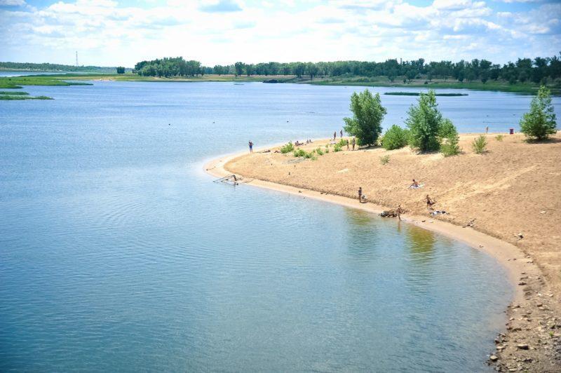 В Волгоградской области к пляжному сезону готовятся 44 объекта и детские лагеря