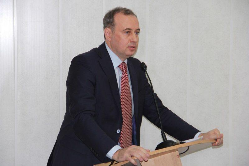 ФСБ задержала мэра Копейска Вячеслава Истомина прямо в кабинете