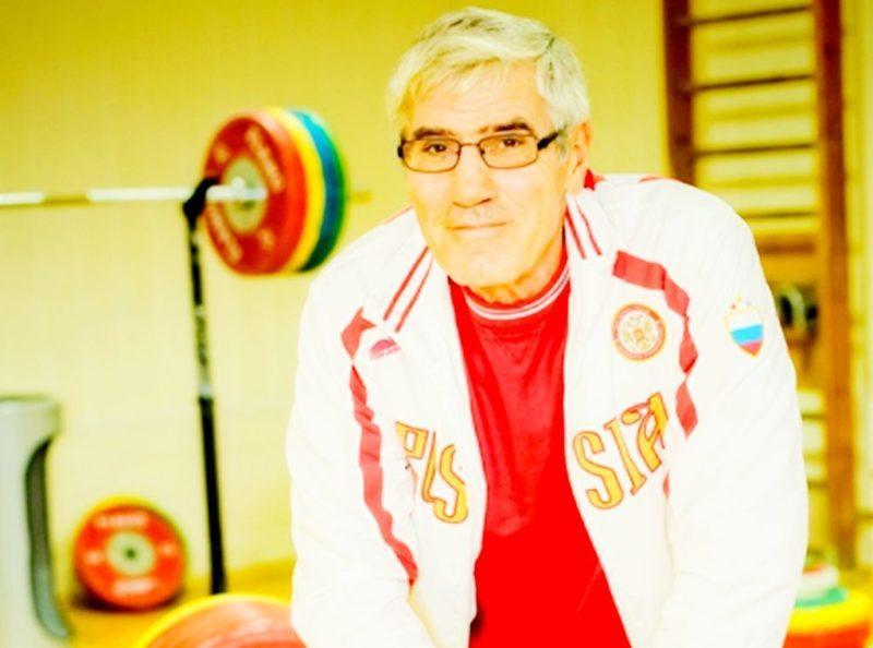 Экс-тренер сборной России назвал IWF бандитами