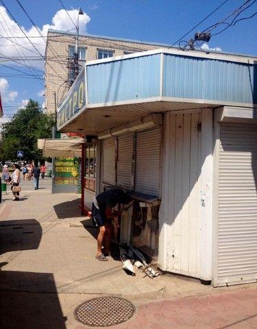 Волгоград продолжают зачищать от незаконных торговых павильонов