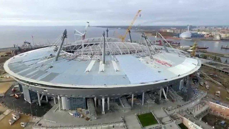 """Чиновники привели к хаосу строительство стадиона """"Арена-Зенит"""""""