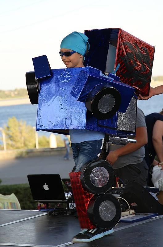 Креативные волгоградцы приглашаются для участия в Параде детских колясок и Параде костюмов