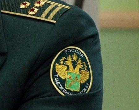 В Домодедово задержана пассажирка с кольцом за 37 млн