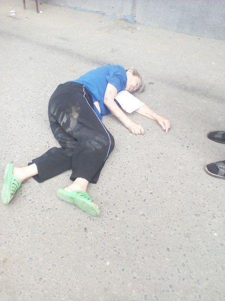 В Волгограде женщина прыгнула с козырька крыши сетевого магазина