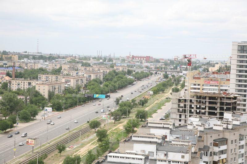 Мэрия Волгограда предлагает жителям сделать выбор: маршрутки или муниципальные автобусы