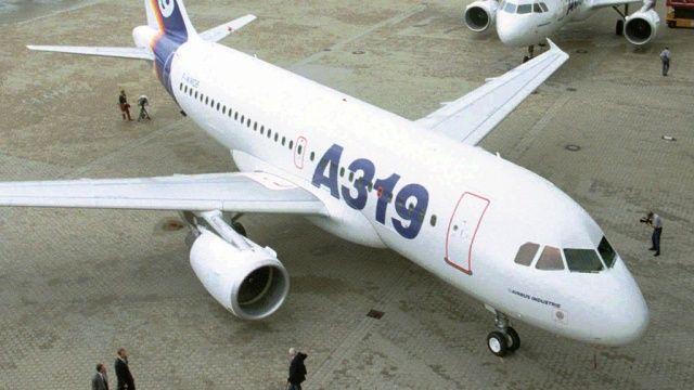 """Пассажиры рейса """"Краснодар-Москва"""" даже и не подозревали, что летят на одном двигателе"""