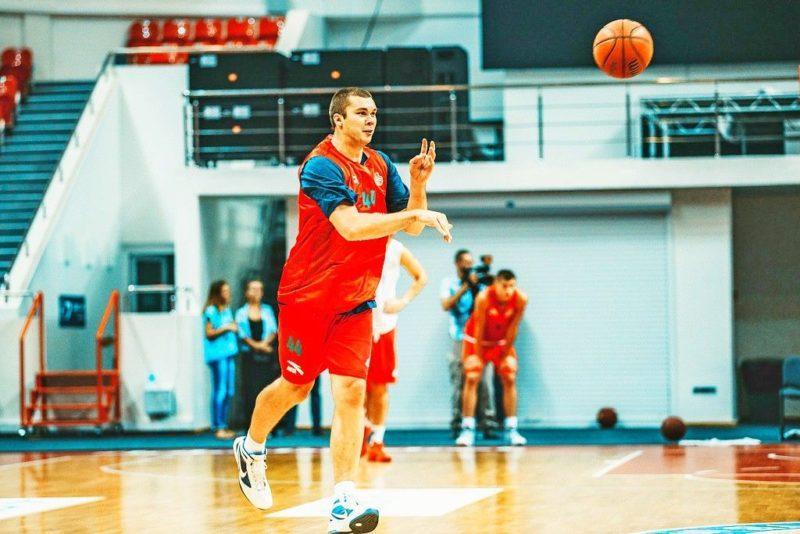 Капитан сборной Украины по баскетболу заявил о свинском отношении к игрокам