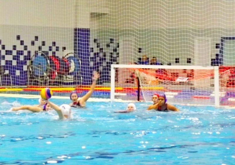 Женская сборная России проиграла США в первом матче