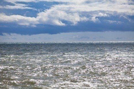 Китаянка провела в открытом море без спасательного жилета 38 часов