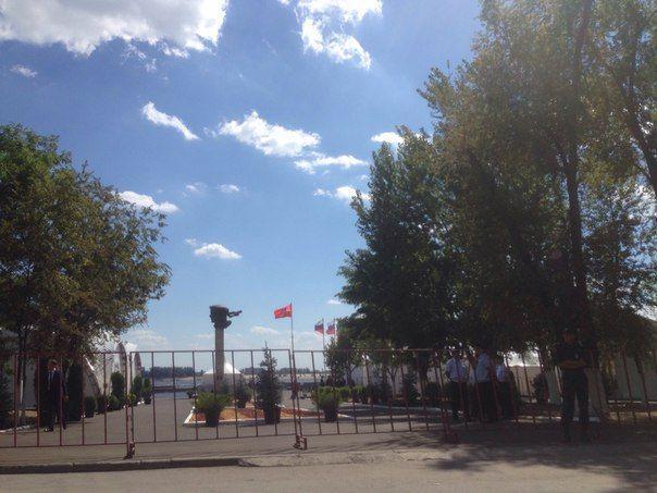 Самолет с членами президиума Госсовета приземлился в Волгограде