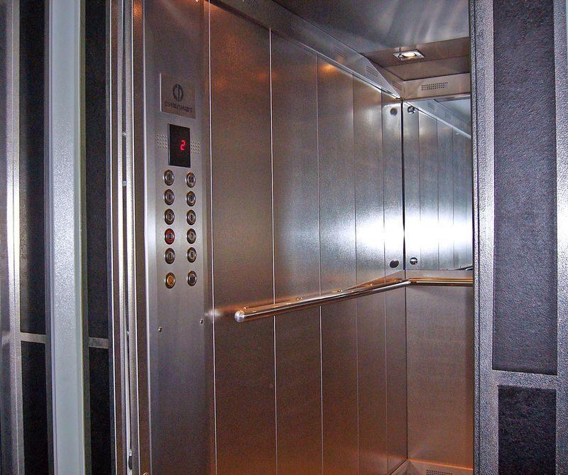 В Волгограде установят энергосберегающие лифты