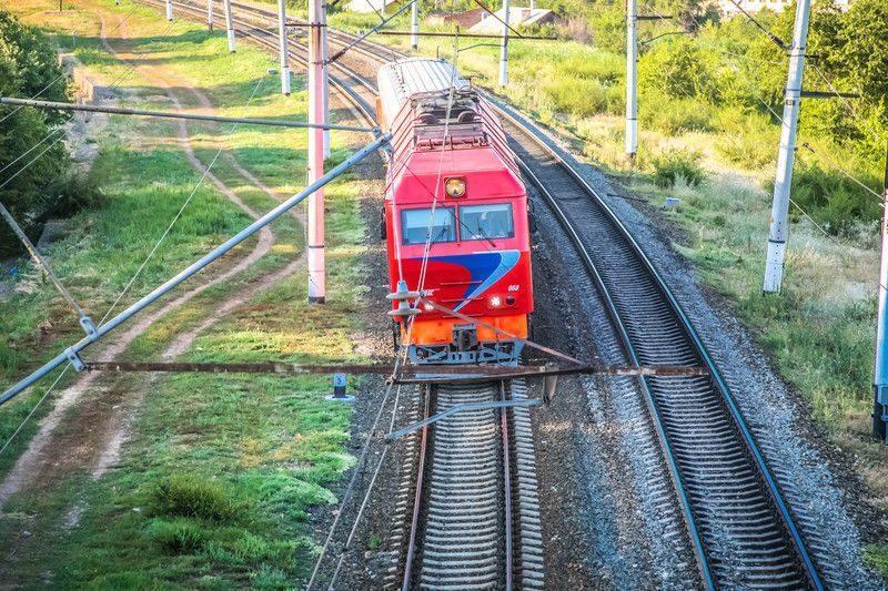 Поезд разорвало пополам по пути из Адлера в Петербург